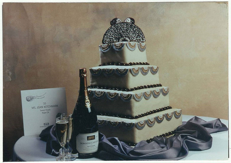 Joan Repato award winning cake